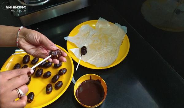 Date Chocolate Pop | Handmade Dry Fruit Chocolate